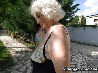 Granny Extreme Full HD Tube