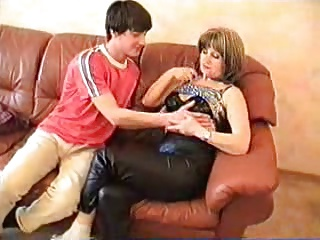 Russian Mature Und Boy 022